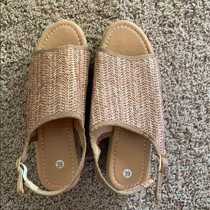 Shoes - Summer sandals!